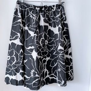 The Limited Black Cream Floral Skirt - Size 2